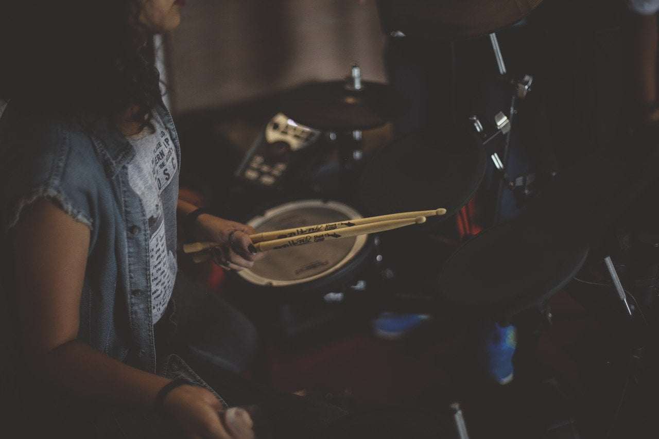 learn drums girl
